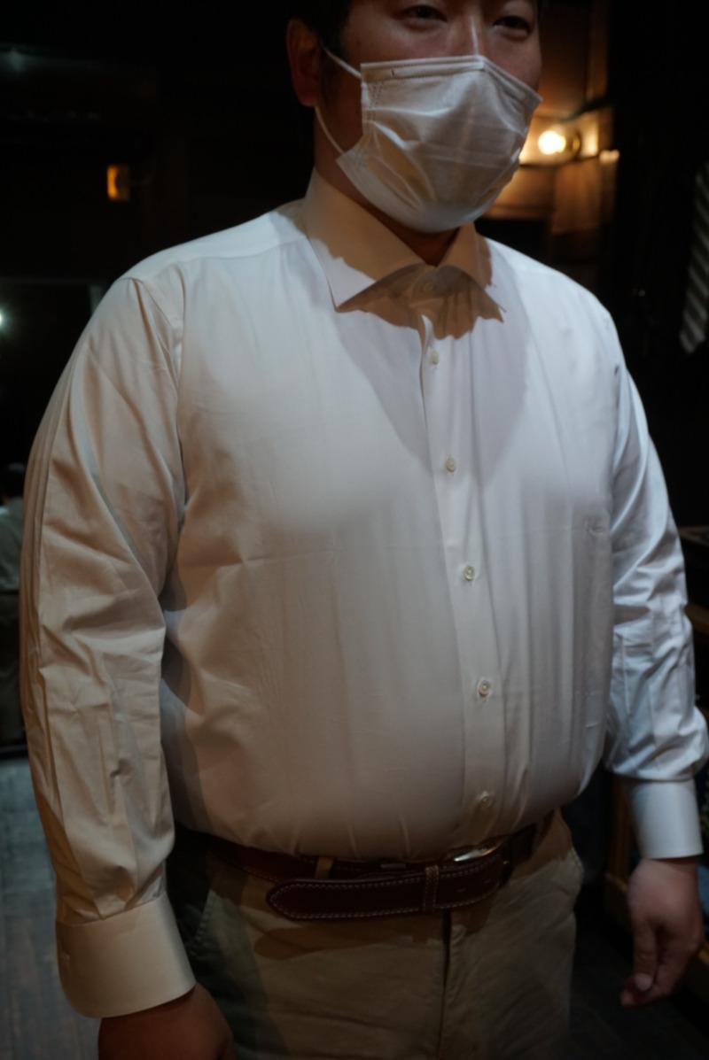 豊橋市で結婚式の新郎衣装大きいサイズのオーダーシャツ